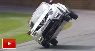 Récord del Juke Nismo RS a dos ruedas en Goodwood