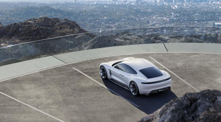 Todos los detalles del prototipo Porsche Mission E Concept