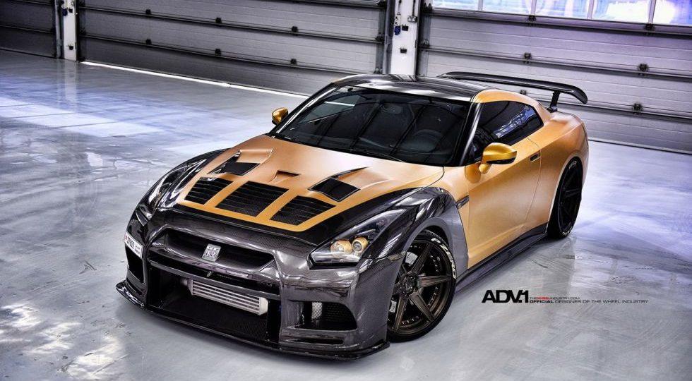 Oro y carbono para el GT-R