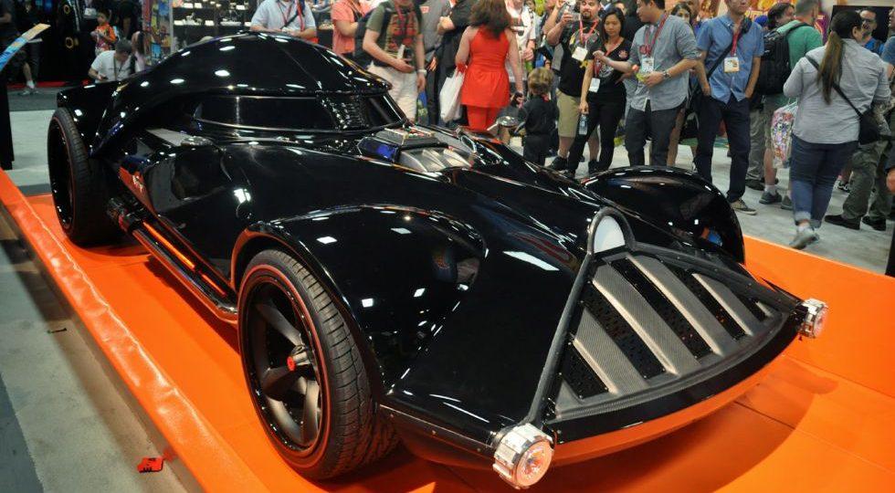 El coche Darth Vader es real y Jay Leno lo ha conducido